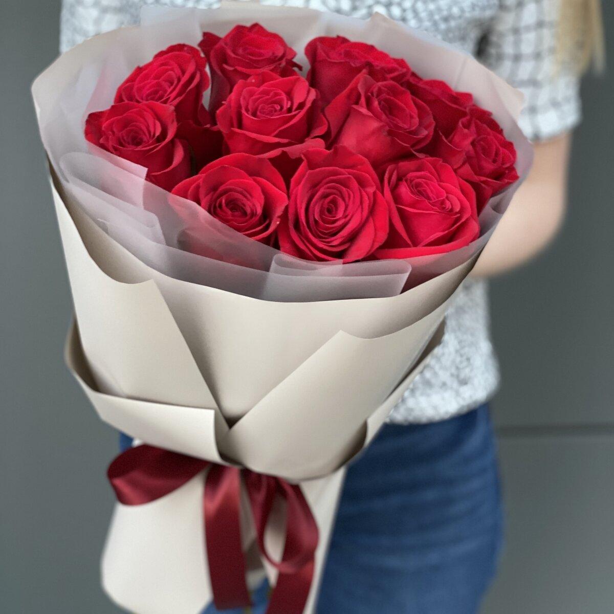 Букет из красных роз Простая романтика