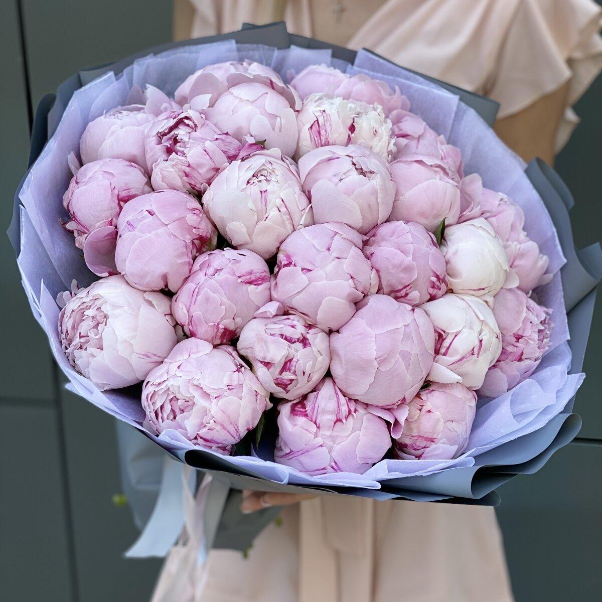 Букет Розовое лето из 25 пионов