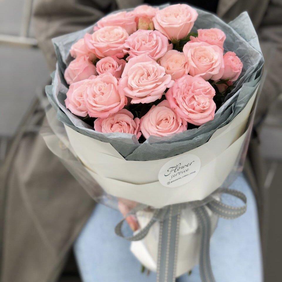 Букет Милашка из 5 веток кустовой розы