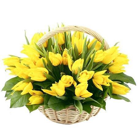 Корзина желтых тюльпанов Берта
