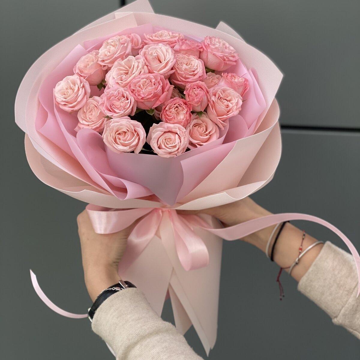 Букет Прикосновение из кустовых роз