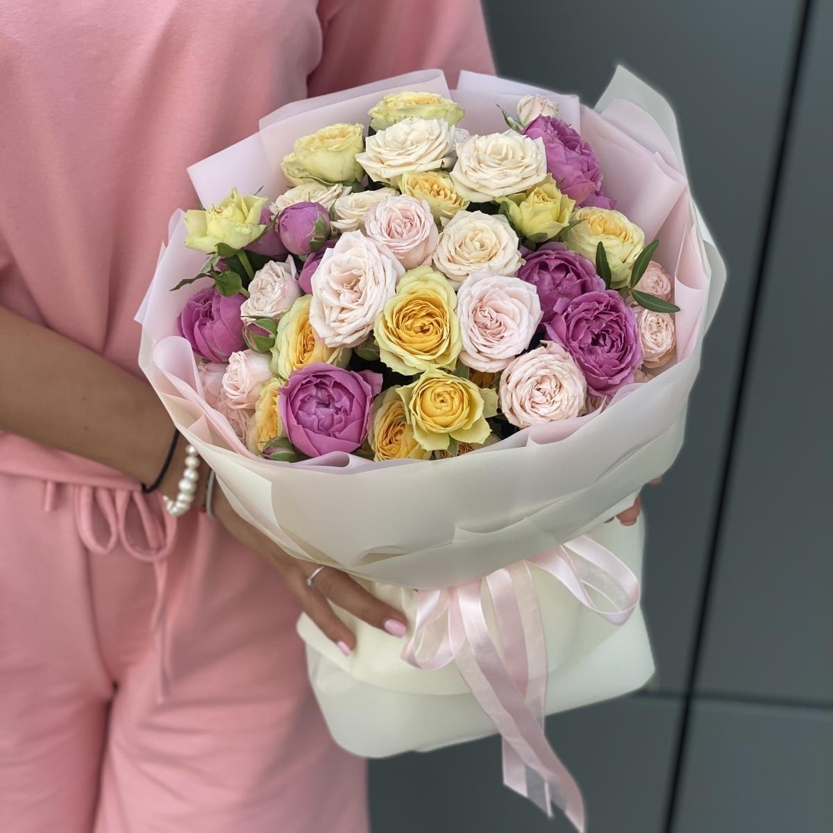 Букет Солнышко из кустовых роз