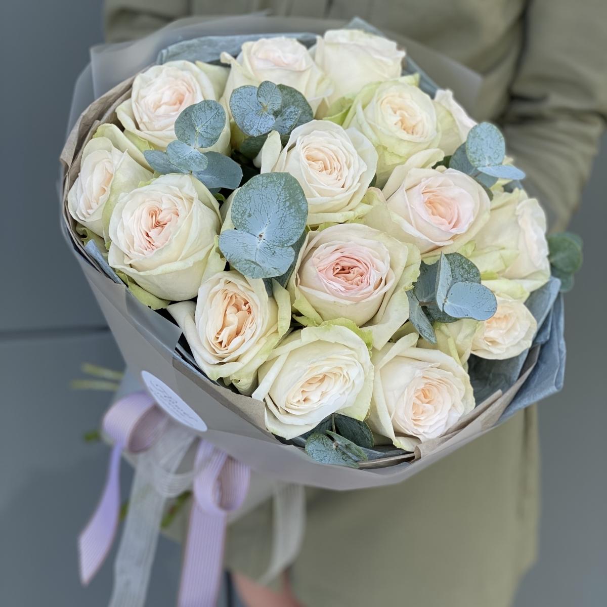 Букет Охара из 15 одноголовых пионовидных роз
