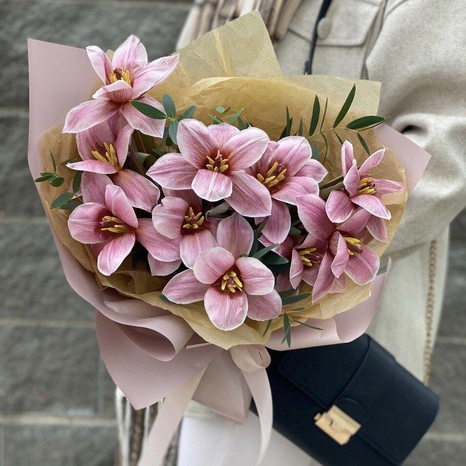 Букет из тюльпанов и эвкалипта Эффект бабочки
