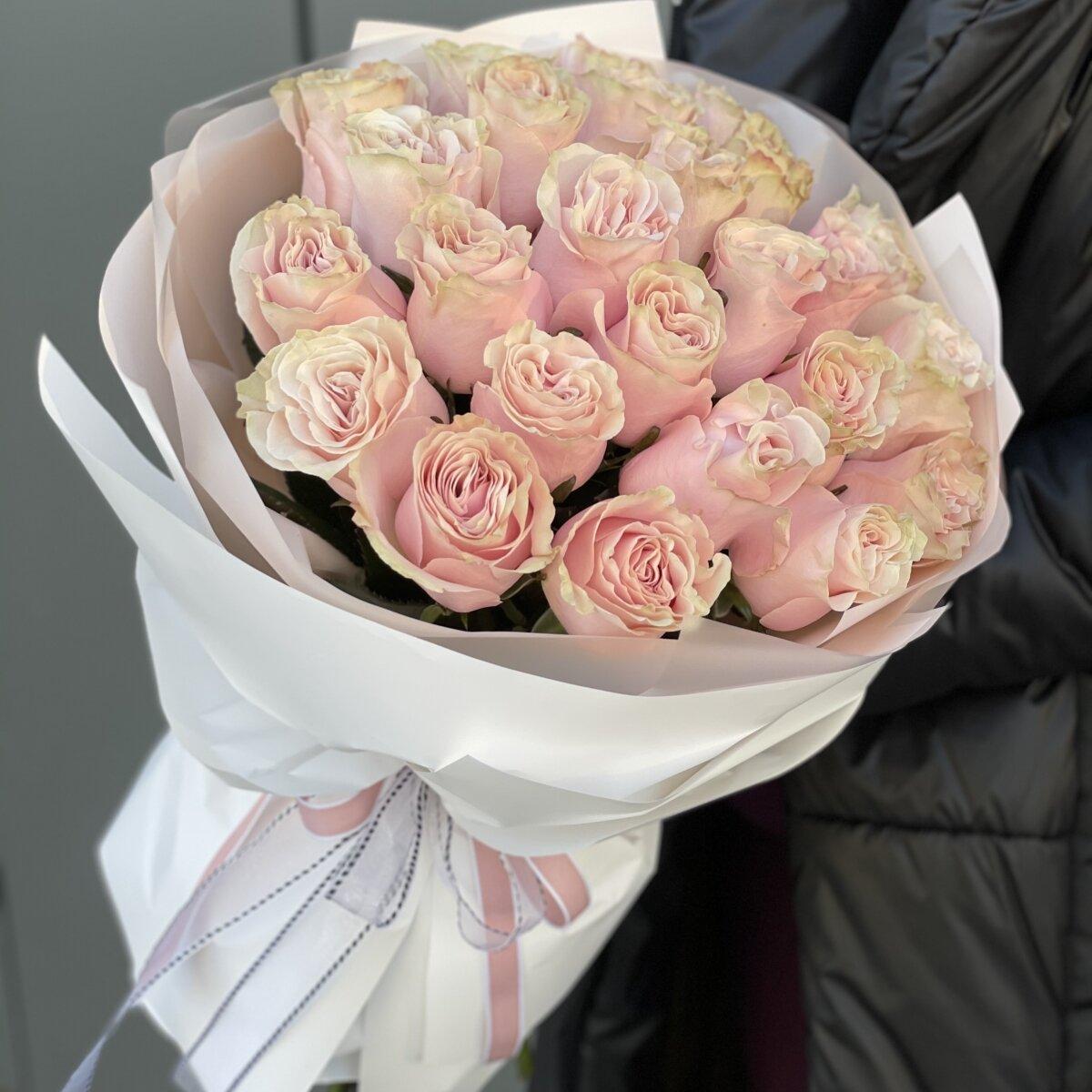 Букет Выражение любви из розовых роз