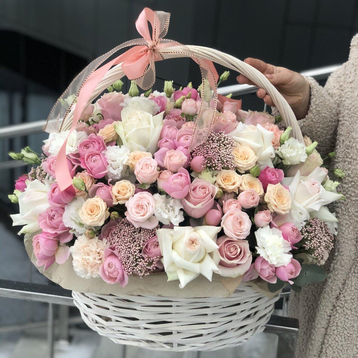 Корзина цветов Бесконечная любовь