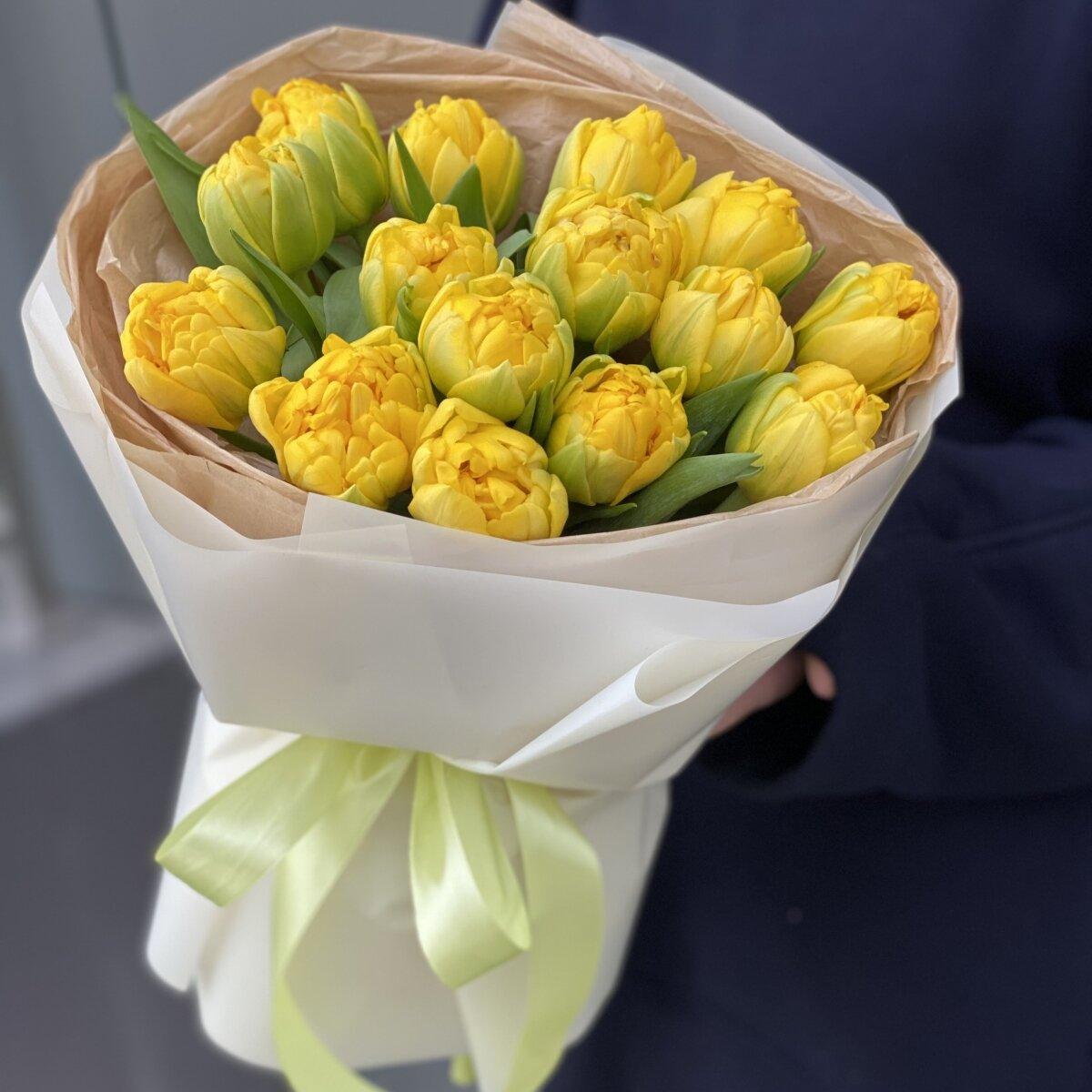 Букет Лучики солнца из желтых пионовидных тюльпанов