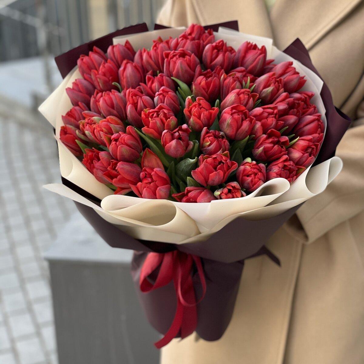 Букет Грация из 51 пионовидного тюльпана
