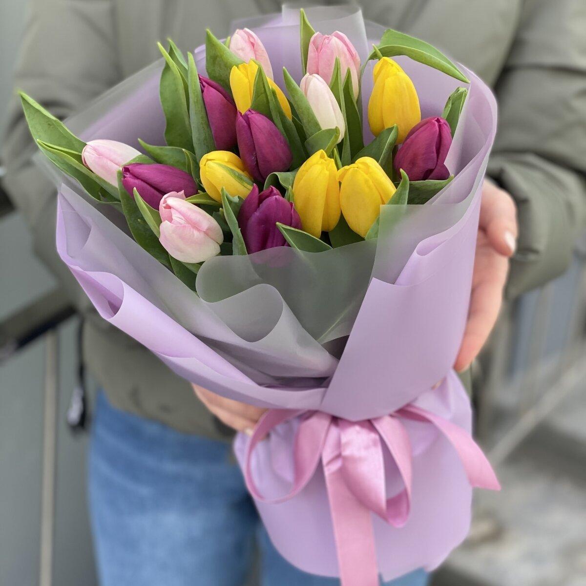 Букет Карандаши из 15 тюльпанов микс
