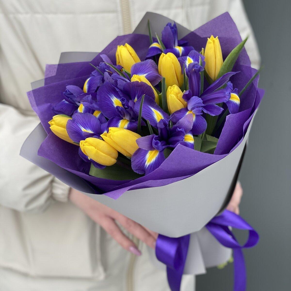 Букет Фианит Мини из ирисов и тюльпанов