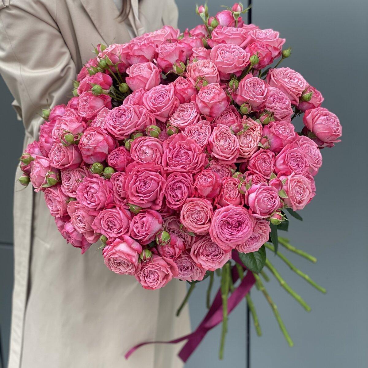 Букет Артезия из 21 веток кустовой розы