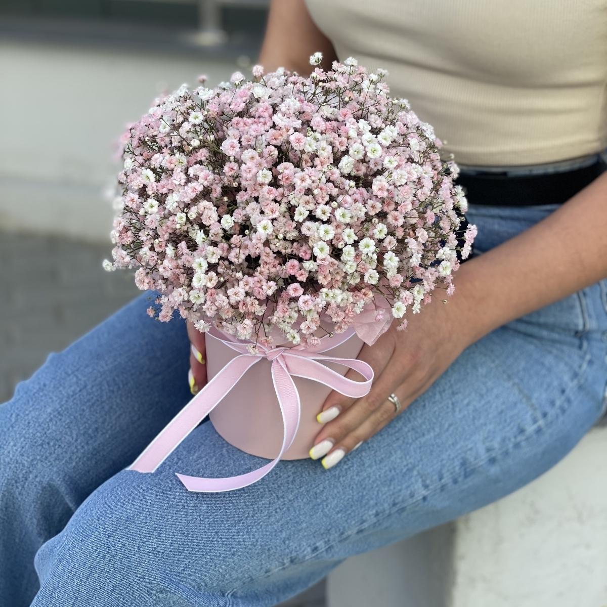 Коробочка Роше из нежно розовой гипсофилы